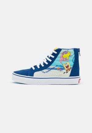 UY VANS X SPONGEBOB SK8-HI ZIP UNISEX - Höga sneakers - dark blue/multicolor