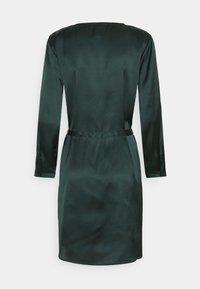 JDY - JDYFIFI SHORT DRESS - Denní šaty - scarab - 1