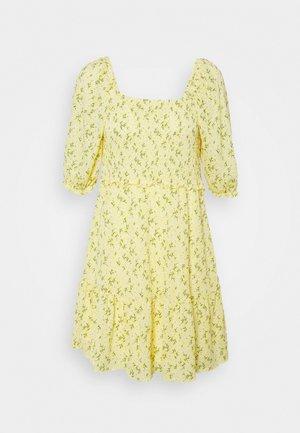 ONLPELLA SMOCK DRESS - Jersey dress - sunshine