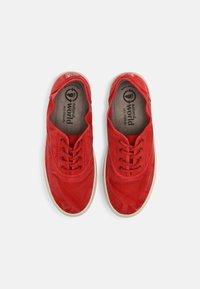 Natural World - Sneakers basse - rojo - 4