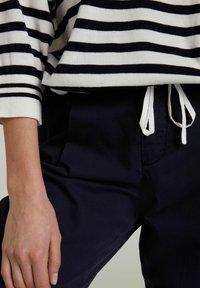 Oui - Sweatshirt - white blue - 4