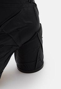 MM6 Maison Margiela - CRUSHED STIVALE TUBO STROPICCIATO - High heeled boots - black - 6