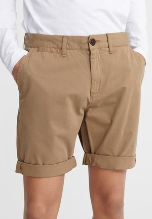 SUPERDRY INTERNATIONAL CHINO SHORTS - Shorts - desert beige