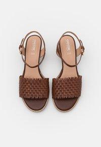 Geox - SOZY MID  - Sandals - brown - 5
