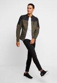 Be Edgy - BEPURE - Summer jacket - khaki /black - 1
