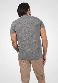 Solid - Basic T-shirt - dark grey melange - 2