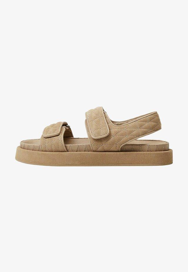 Sandały - halvbrun