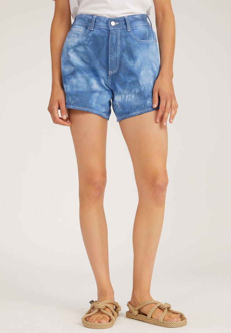 ARMEDANGELS - Denim shorts - denim blue