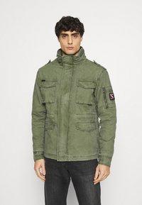 Superdry - CLASSIC ROOKIE JACKET - Light jacket - army - 0