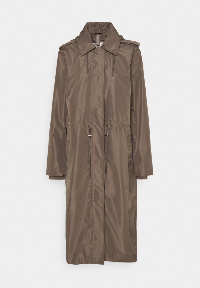 YOLEE - Trenchcoat - sandy grey