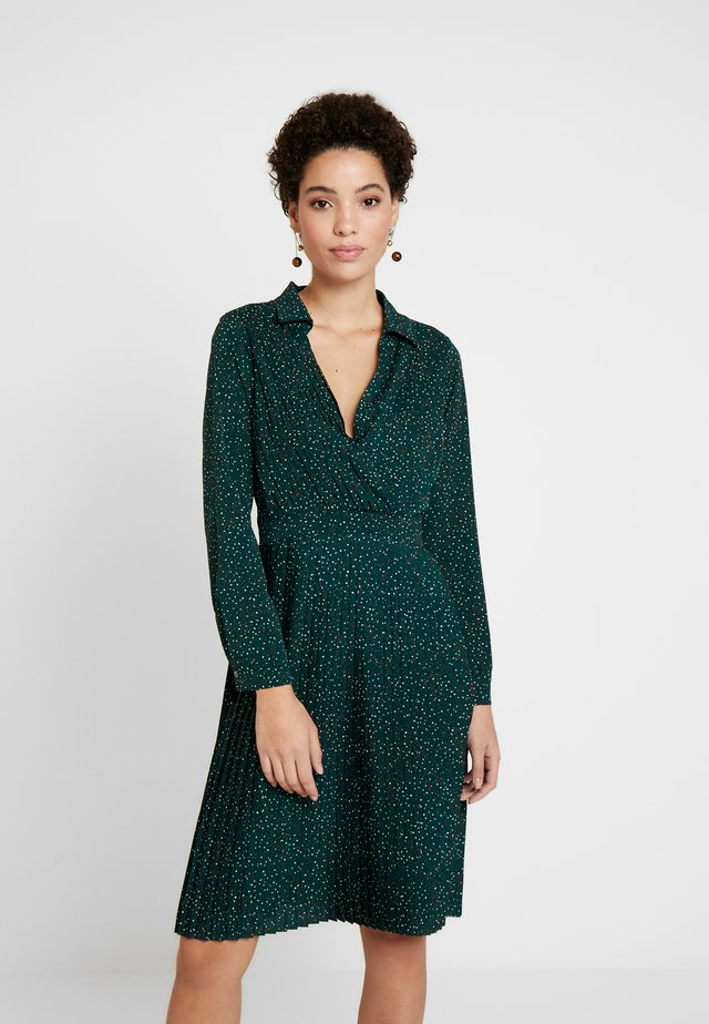PLEATED DRESS - Korte jurk - green/multi color