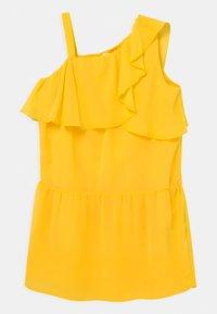 Name it - NKFBEMERLE - Robe de soirée - primrose yellow - 0