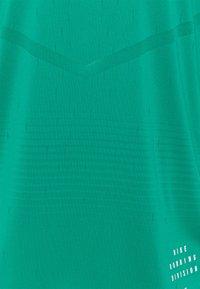 Nike Performance - RISE TANK - Top - neptune green/neptune green - 2