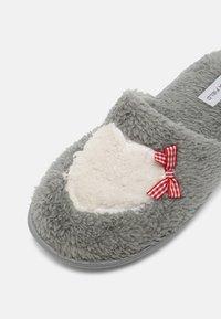 Anna Field - Slippers - grey - 7