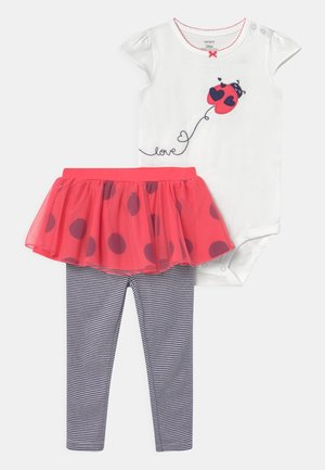 LADYBUG SET - Print T-shirt - red