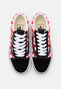Vans - OLD SKOOL UNISEX  - Sneakers - true white/red - 3