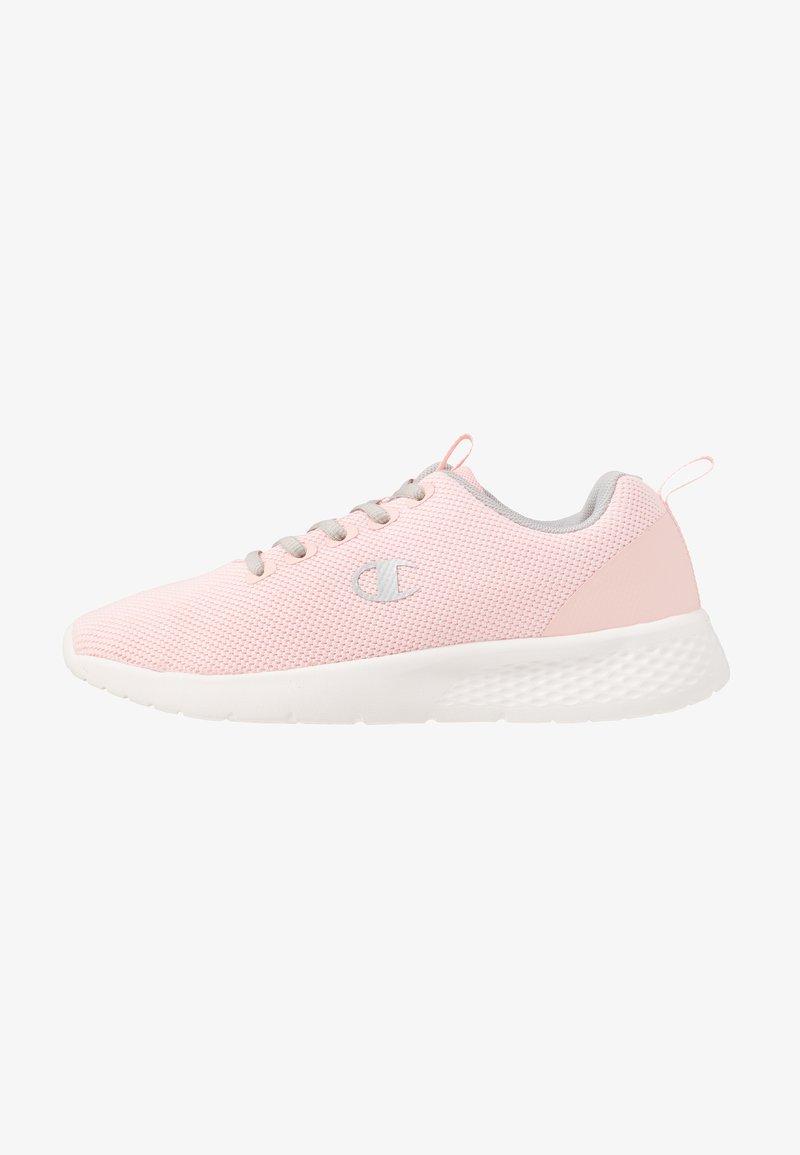 Champion - LOW CUT SHOE DOUX - Sports shoes - pink