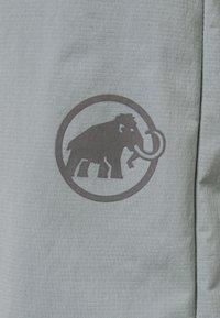 Mammut - HIKING SHORTS MEN - Sports shorts - granit - 2