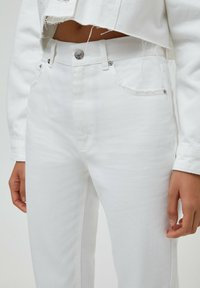 PULL&BEAR - MOM - Relaxed fit jeans - white - 4