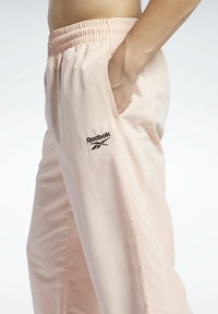 Reebok Classic - CLASSICS TRACKSUIT BOTTOMS - Pantaloni sportivi - orange - 3