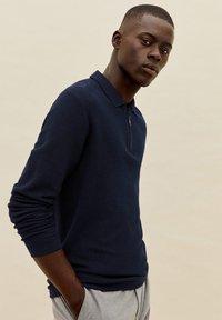 Mango - GRAVITY - Polo shirt - námořnická modrá - 5