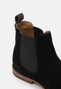 Walk London - CARTER CHELSEA - Kotníkové boty - black - 5