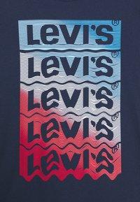 Levi's® - GRAPHIC TEE UNISEX - Print T-shirt - blue - 2