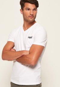 Superdry - VINTAGE  - T-shirt basic - weiß - 0