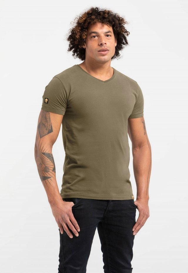 LIMITED TO 360 PIECES - Basic T-shirt - green