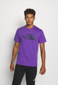 The North Face - M S/S EASY TEE - EU - T-shirt med print - peak purple - 0