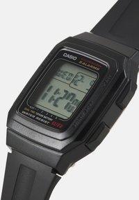Casio - UNISEX - Digital watch - black - 3