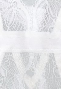 Ann Summers - KNICKERBOX PLANET BY ANN SUMMERS-THE ADMIRER BODY  - Body - white - 2