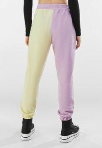 Bershka - Teplákové kalhoty - mauve - 2