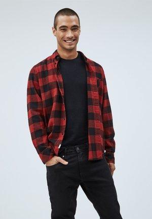 CHELFORD - Shirt - red