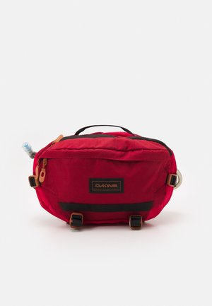 HOT LAPS 5L UNISEX - Bum bag - deep red