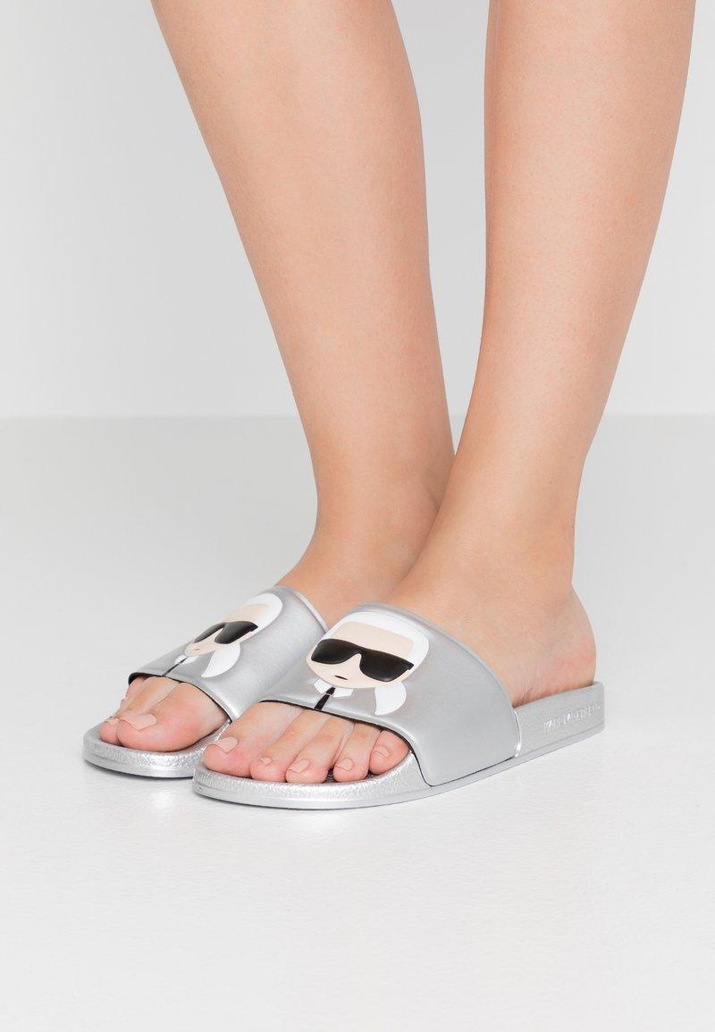 KARL LAGERFELD - Pantolette flach - light grey