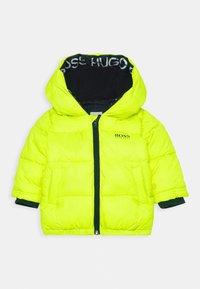 BOSS Kidswear - PUFFER JACKET BABY  - Winter jacket - green lemon - 0