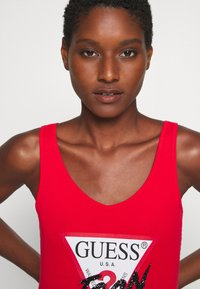 Guess - MYRELLA  - Toppe - necessary red - 3