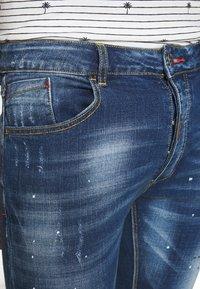 Alessandro Zavetti - Slim fit -farkut - blue wash - 5