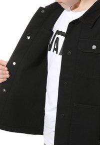 Vans - BY DRILL CHORE COAT BOYS - Summer jacket - black - 3