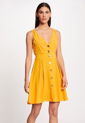 ROOL - Vestido informal - yellow