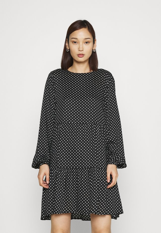 VMFIE SHORT DRESS - Vapaa-ajan mekko - black/birch