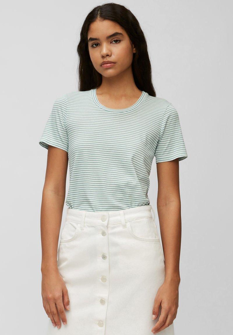 Marc O'Polo DENIM - Print T-shirt - multi/milky mint