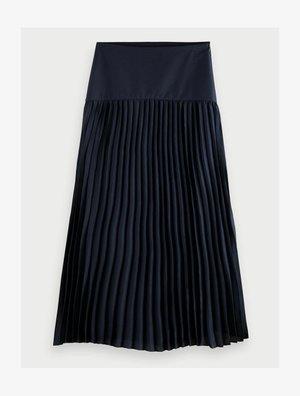 A-line skirt - night