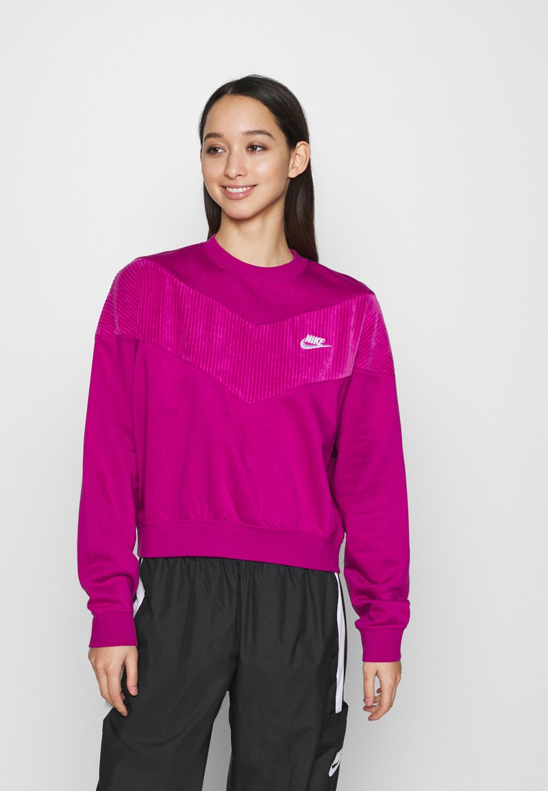 Nike Sportswear - HRTG VELOUR - Mikina - cactus