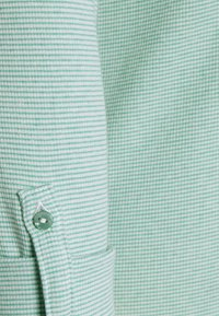 TOM TAILOR - Long sleeved top - offwhite/green - 2