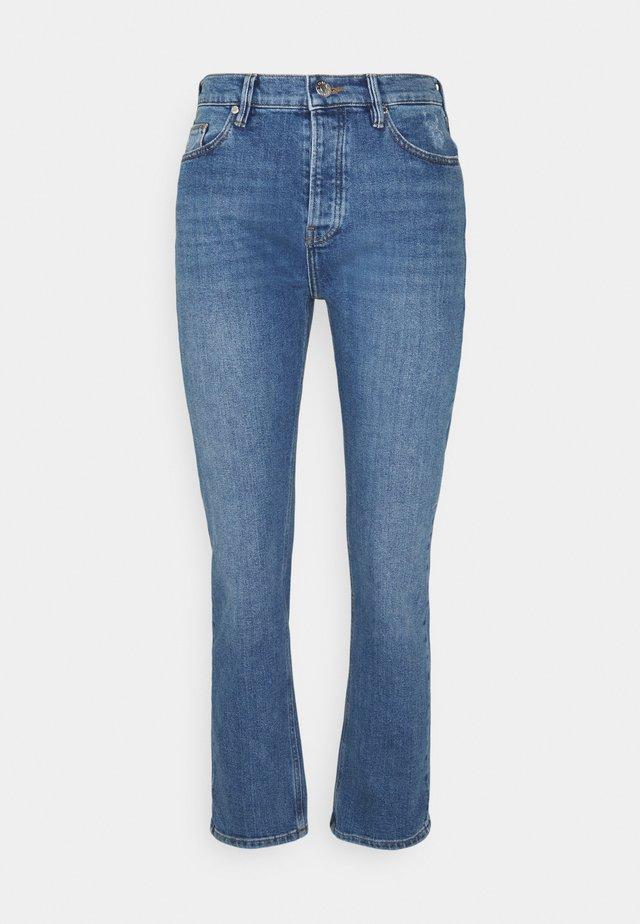 TERESA REGULAR WASH IOWA - Straight leg jeans - denim blue