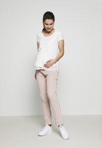 bellybutton - Tracksuit bottoms - shadow gray / rose - 2