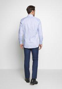 Strellson - SANTOS - Formální košile - light blue - 2