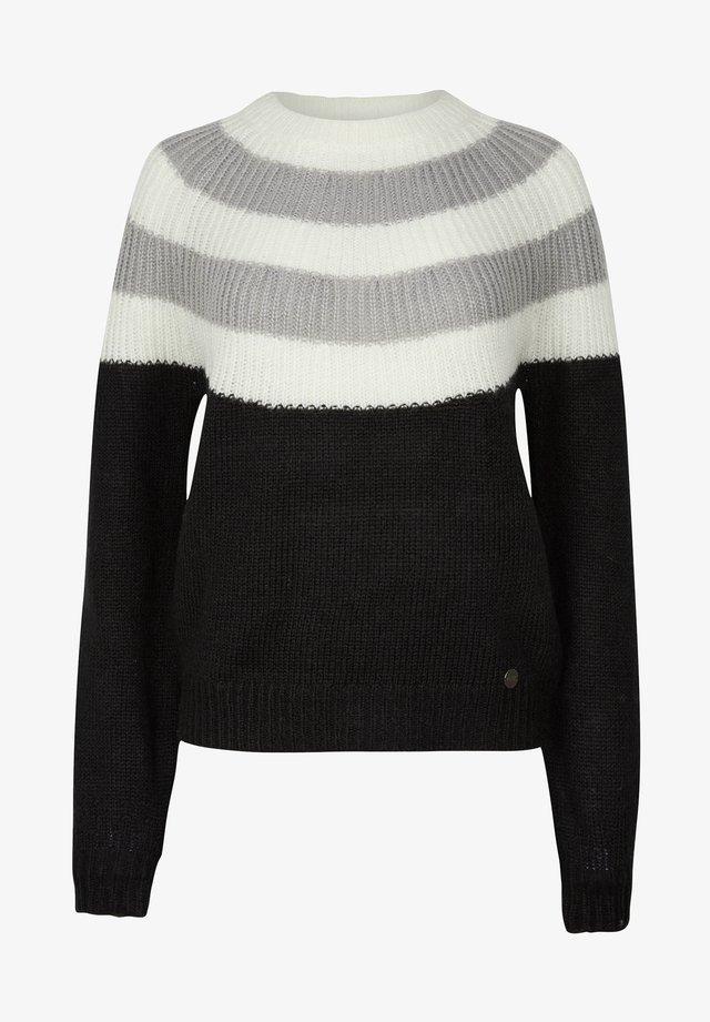 Pullover - black aop w/ white